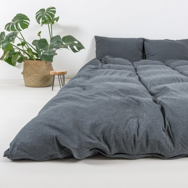 Graphite knitted cotton bedding