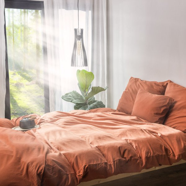 Caramel brown knitted cotton bedding
