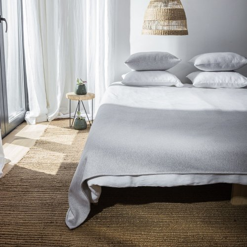 copy of Graphite melange knitted cotton bed cover