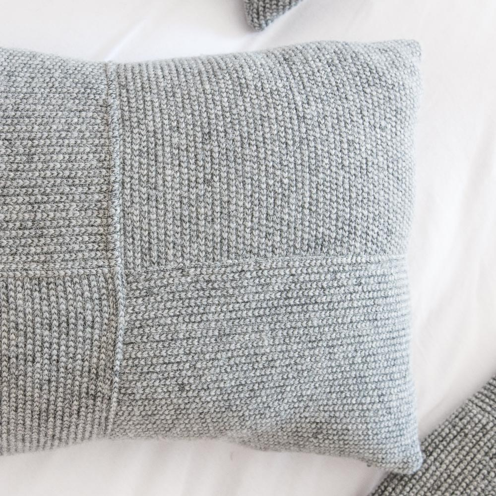 Oslo decorative woollen bed cover