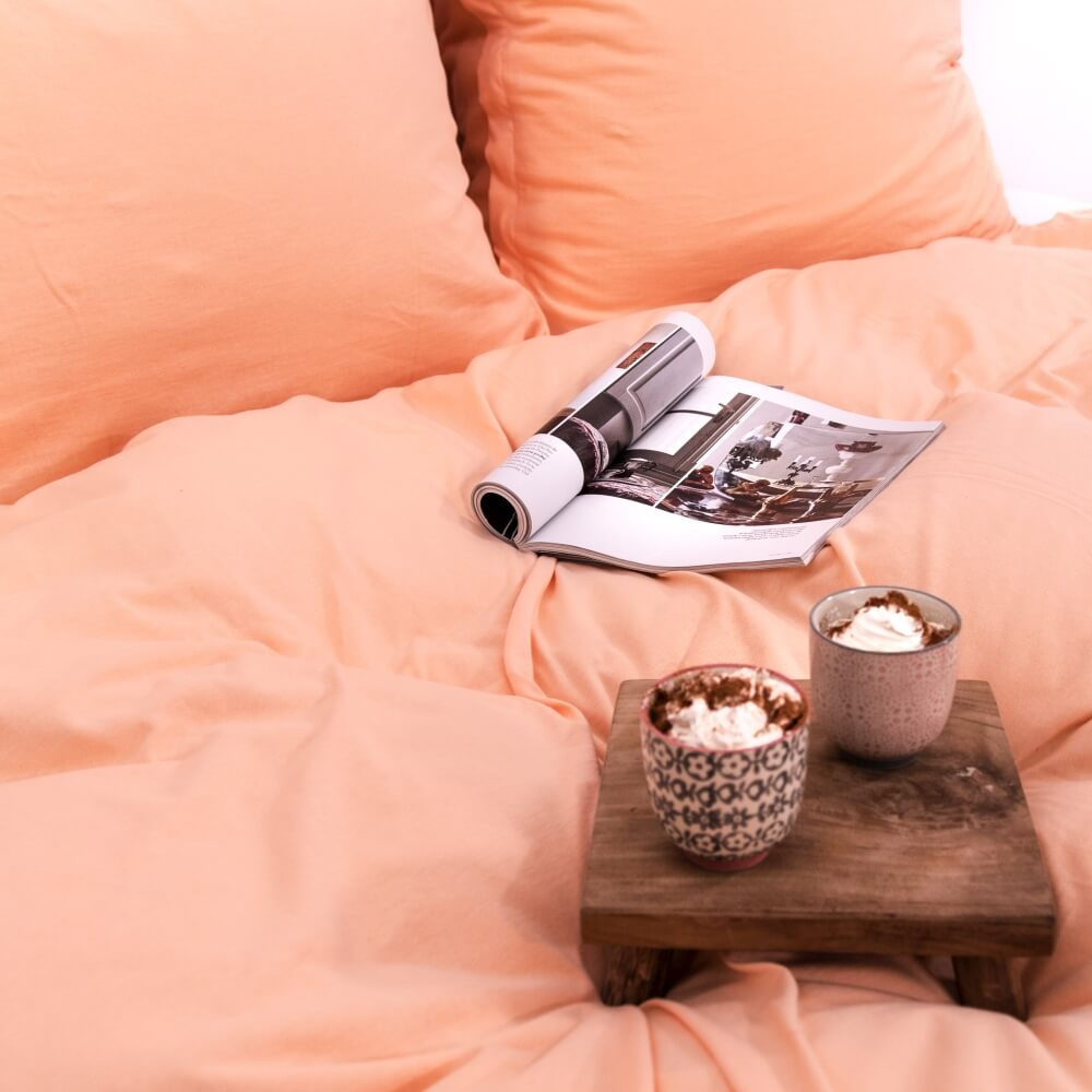 Salmon pink knitted cotton bedding